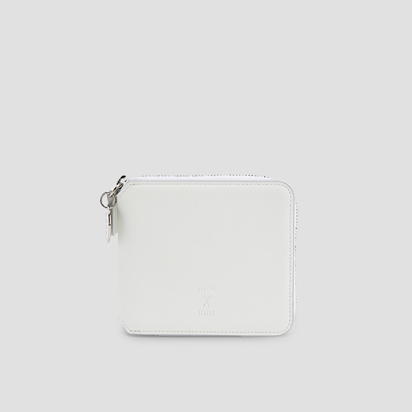 OZ Wallet Half Off White