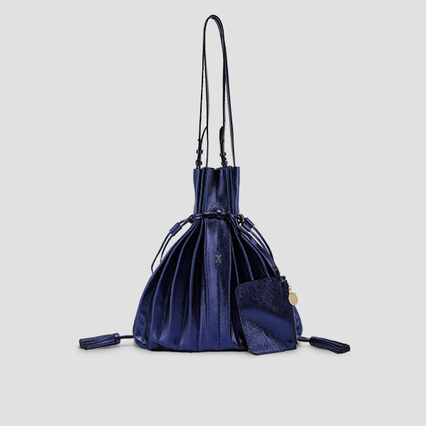[김규리 착용]Lucky Pleats Shopper Cracked Blue