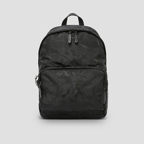 [슬리피 착용]Ultra Backpack L Camouflage Black